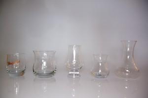 Från vänster till höger Glenfarclas Dramming Glass, Bruichladdich Singel Malt Glass, Glencairn Whisky Glass, Ulven Whisky Malt och Eva Solo vattenbägare