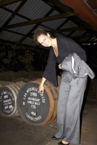Jenny från Springbank förklarar beteckningarna på ett sherryfat